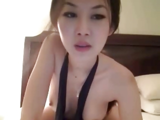 Sexy Asian Cam Babe Masturbating